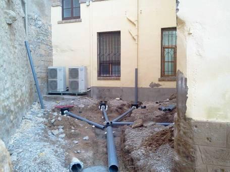 Instalación de las nuevas tuberías de desagües